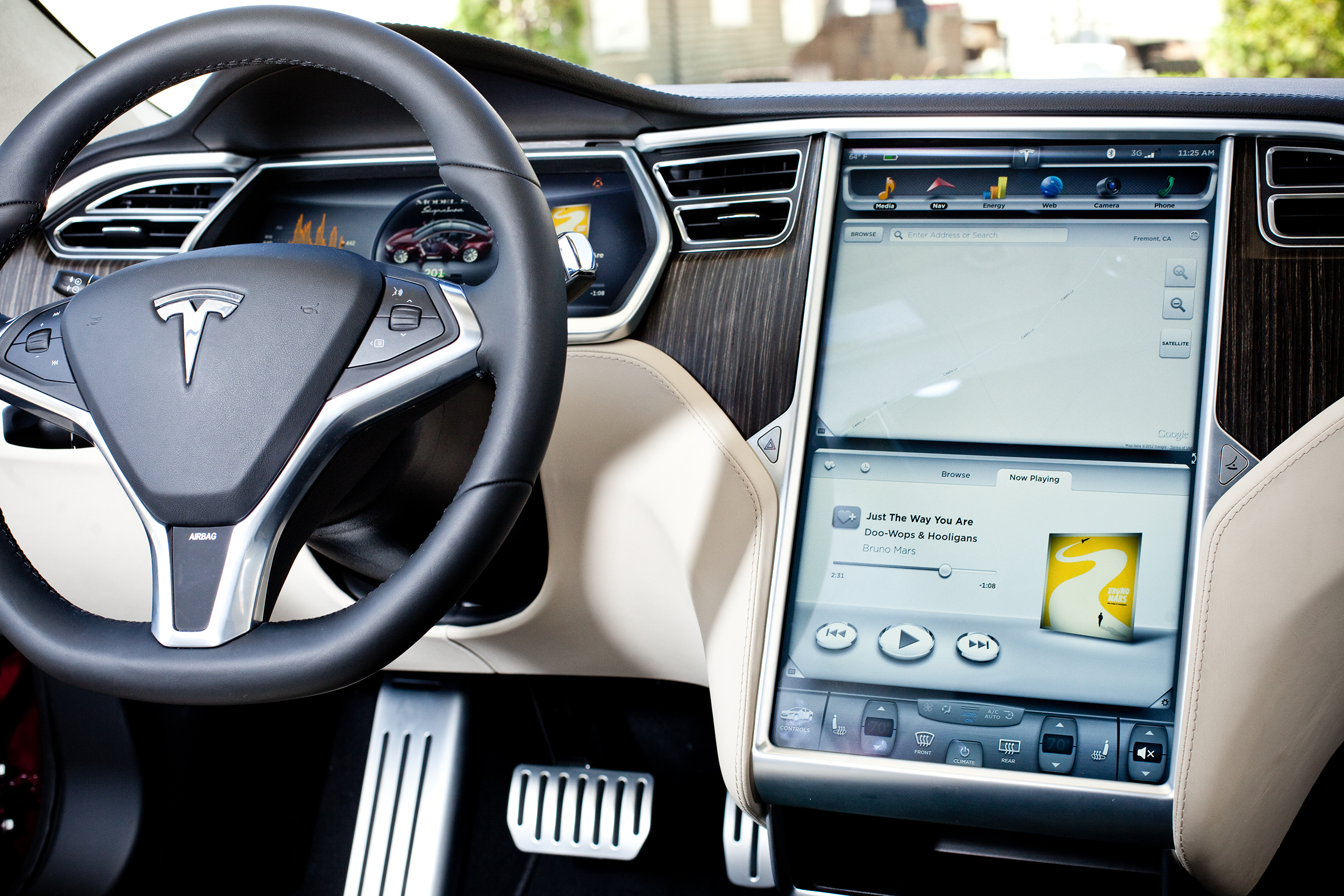 Tesla_Interface